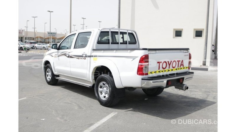 Big with watermark toyota hilux chimaltenango import dubai 3787