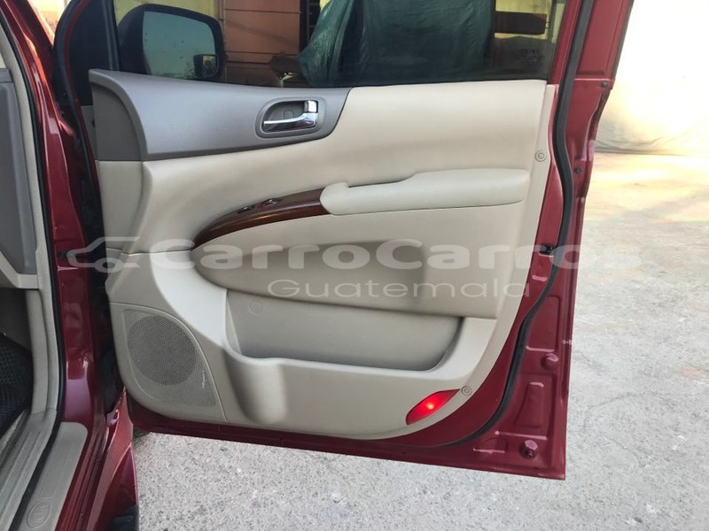 Big with watermark kia carnival guatemala guatemala 5427