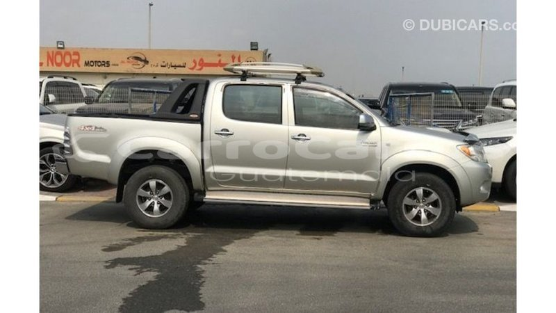 Big with watermark toyota hilux chimaltenango import dubai 6184